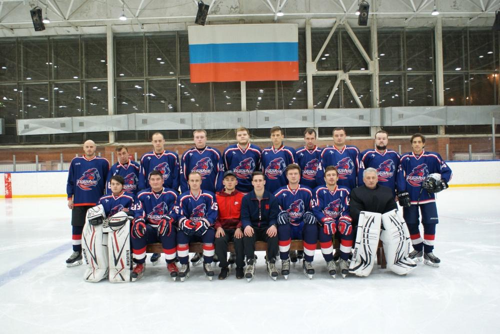 Любительские хоккейные клубы москва ночной клуб кафе метро